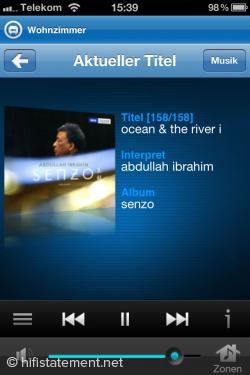 Alles im Blick: In gewohnter APPLE-Optik zeigt das SONOS-Programm fürs iPhonw  Musiktitel sowie Plattencover an