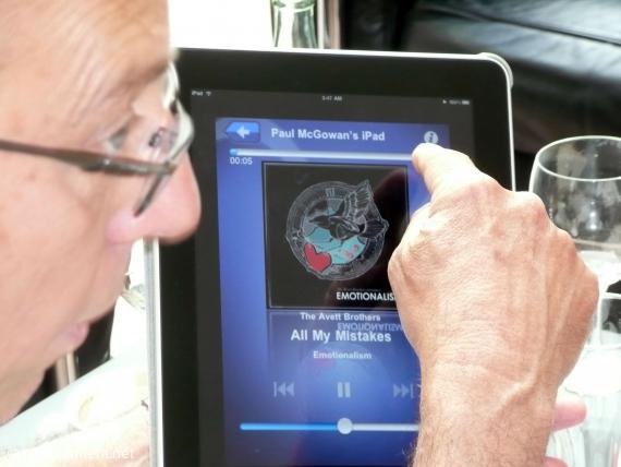 Solange man noch auf die spezielle PS-Audio-Fernbedienung warten muss, ist ein iPad die geeignete Schnittstelle zur firmeneigenen Software