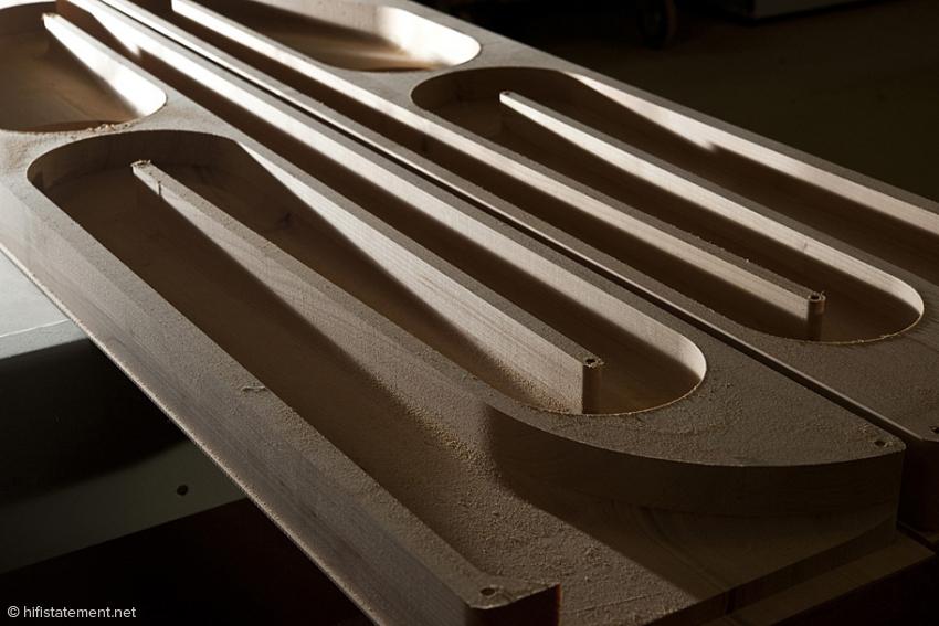 Aus dem Vollen gefräst: Knapp drei Meter lange TML ermöglicht eine sehr gute Anpassung der Akustischen Impedanz