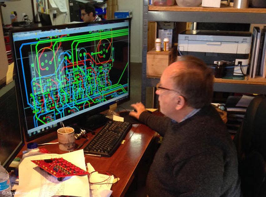 Bill entwickelt ein weiteres Leiterplatte-Meisterstück