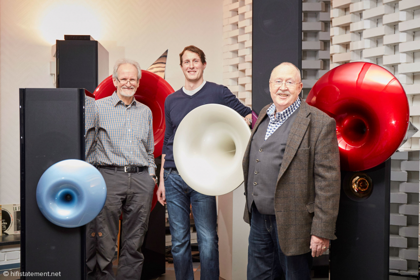 Right and left, the company founders Hermann Winters and Alfred Rudolph. In the centre Richard Rudolph, who has been active at Acapella for 10 years and helps his father with the development of, and will carry on leading, the company, with his brother Robert