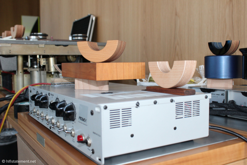 Hier sieht man, welchen Aufwand Alfred Rudolph bei der Optimierung seines Aufnahme-Equipments betreibt