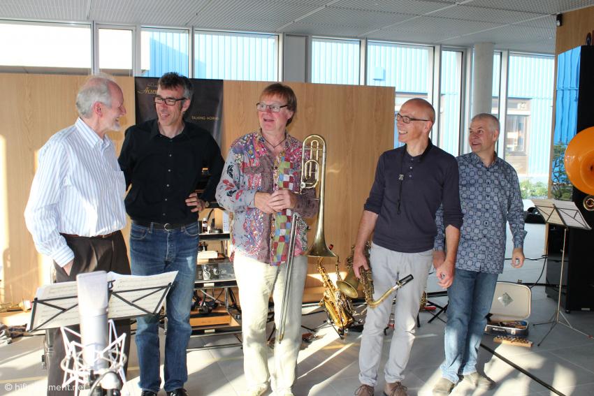 Ausgesprochen zufrieden: die Talking Horns und Alfred Rudolph nach dem Konzert