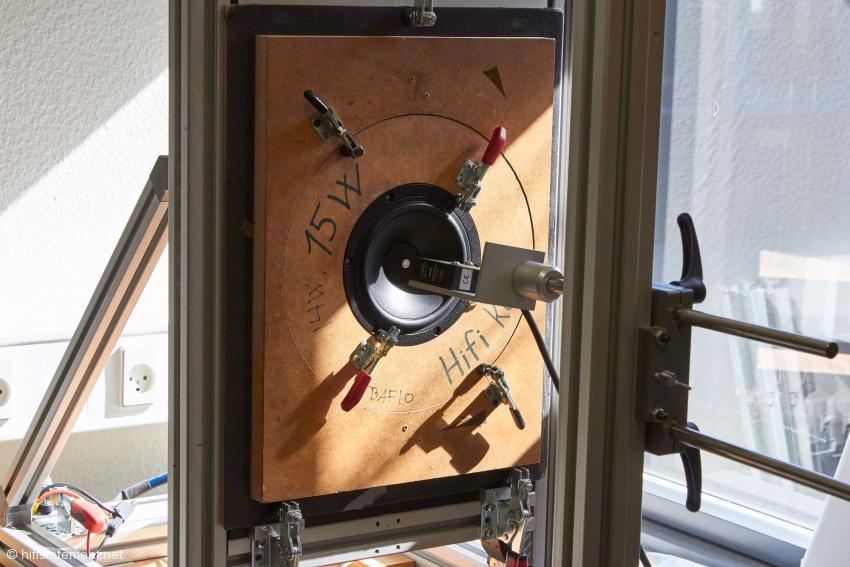 Im Entwicklungszentrum: Ein Chassis wird mit den System von Klippel vermessen