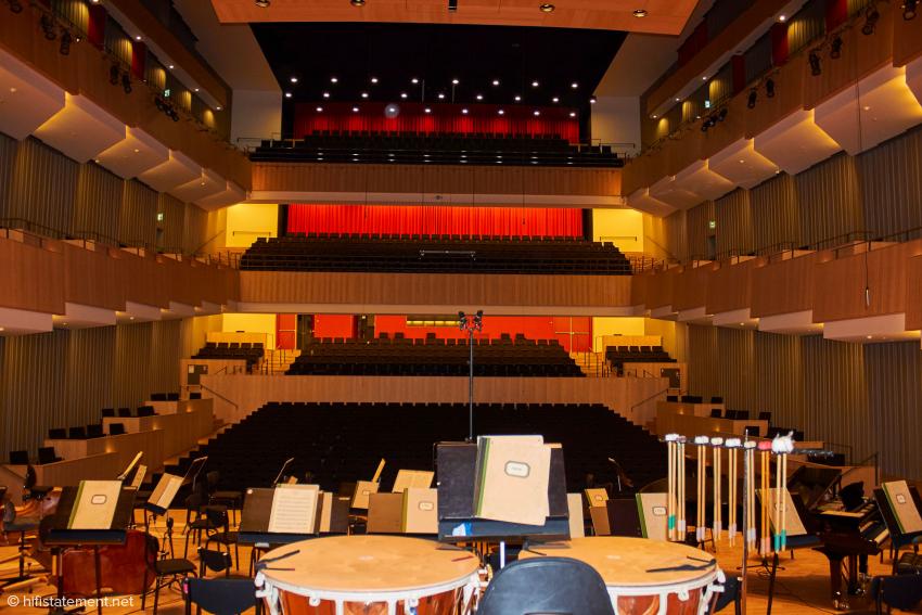 Der Blick von der Bühne in den Symphonischen Saal