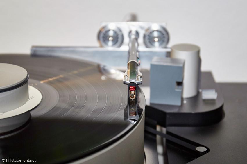 Für den Test verwendet Johnnie B. einen Tonabnehmer von Dynavector