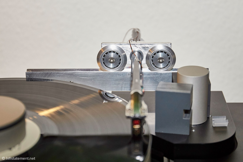 Almost a revolution at Bergmann Audio: ball bearings instead of air bearings to ensure trouble-free horizontal movement