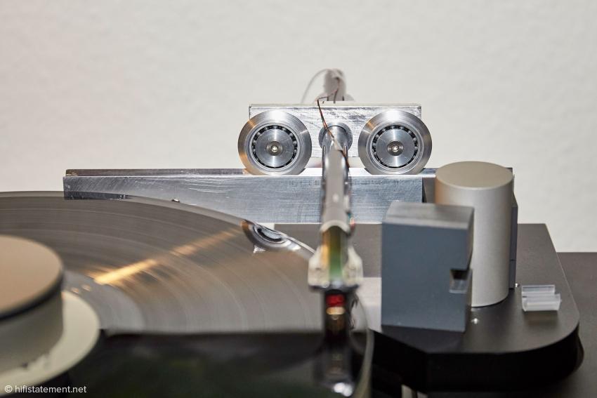 Fast schon eine Revolution bei Bergmann Audio: Kugel- statt Luftlager für die horizontale Bewegung