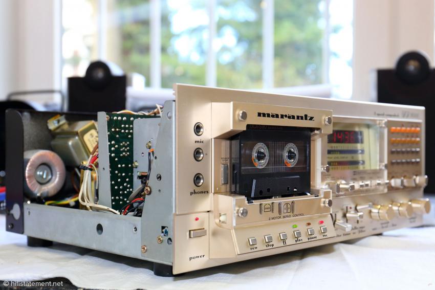 Fertig eingebaut ist der Autoformer von außen nicht zu sehen, der Marantz SD 9000 ist jetzt ein 230-Volt-Gerät ohne den unschönen Extra-Trafo