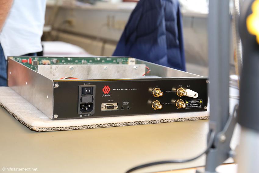 Die Phonostufe aus der neuen 180-er Serie: Sie wird wie der Vollverstärker, der Streamer und der DAC 6.000 Euro kosten