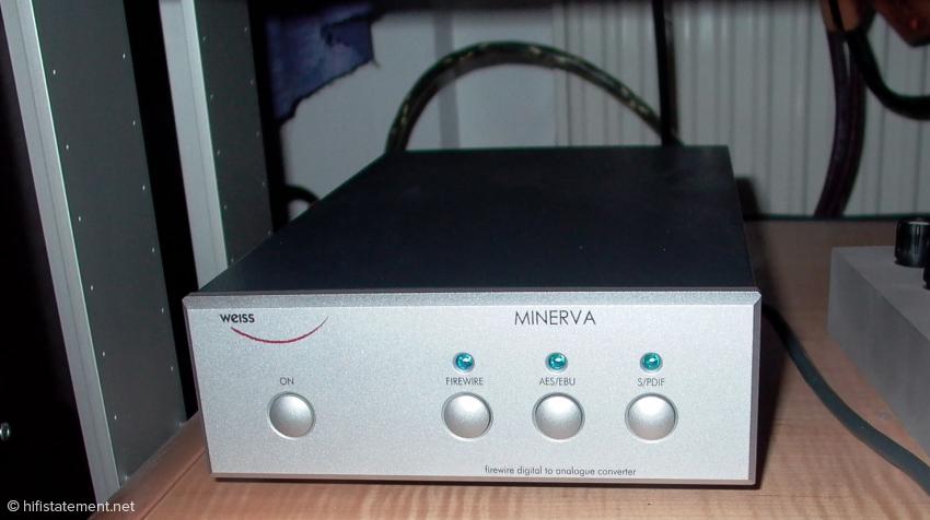 Leider ist der vorzügliche Minerva nicht mehr lieferbar. Er wird spätestens zur High End vom noch besser ausgestatteten DAC202 ersetzt