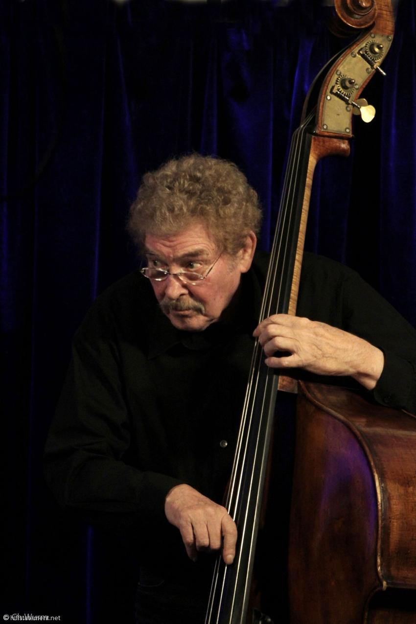 """Günter Lenz faszinierte das Publikum auch mit seinem Solo-Bass-Stück """"Sharp Structure"""""""