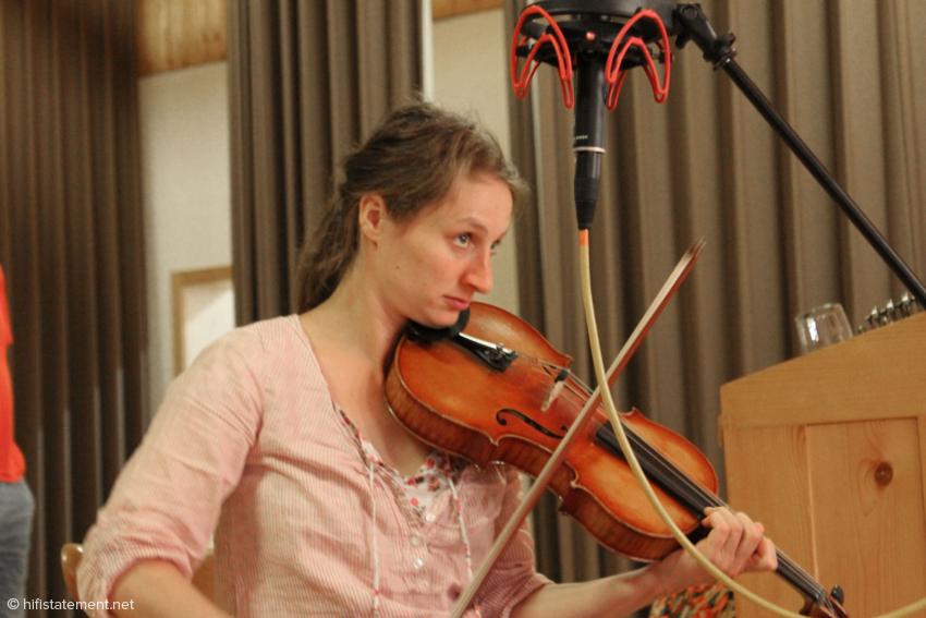 Marie-Theres Härtel, Viola und Gesang
