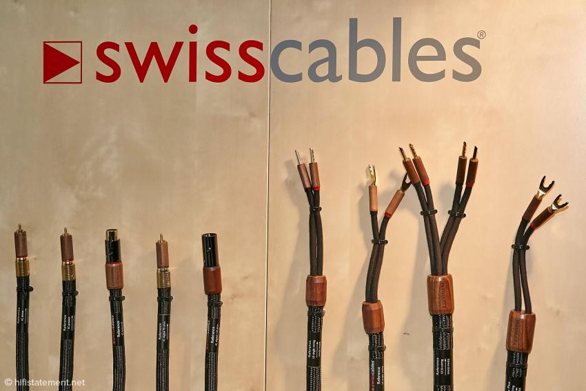 Das Foto zeigt nur einen Teil des Kabelsortiments.