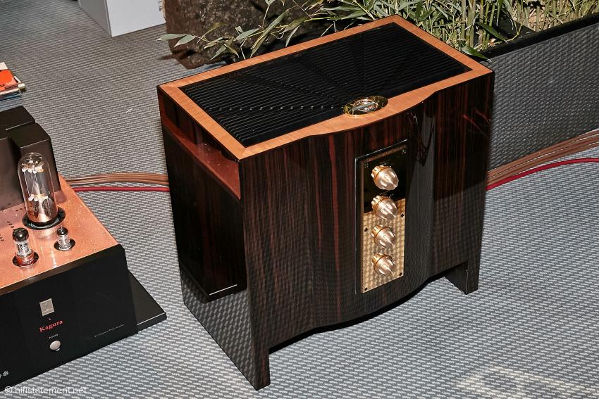 Zu sehen war auch ein Prototyp einer externen Frequenzweiche für die Olympian, bei der die einzelnen Chassis geregelt werden können
