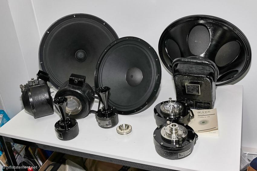 Die japanischen GIP Treiber orientieren sich an den Western Electric Vorbildern.