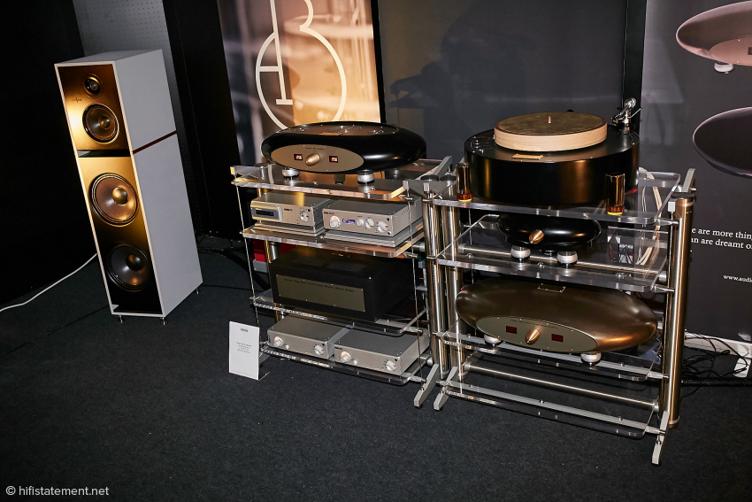 Die gesamte Elektronik lief komplett im Akkubetrieb, auch die Nagra Digitalelektronik