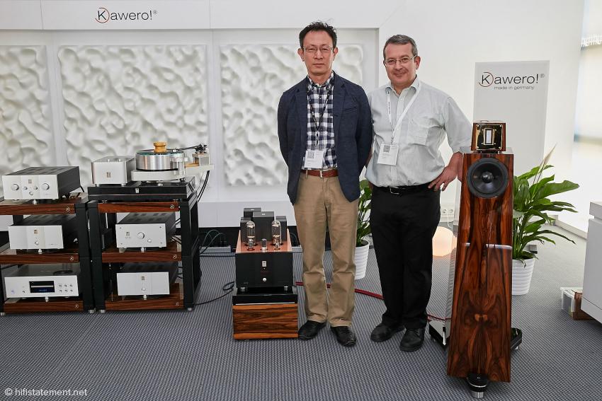 Die beiden Herren, links Masaki Ashizawa, Kondo President und rechts Rainer Weber von Kawero, moderierten bescheiden und freundlich die Vorführung ihrer Traum-Anlage