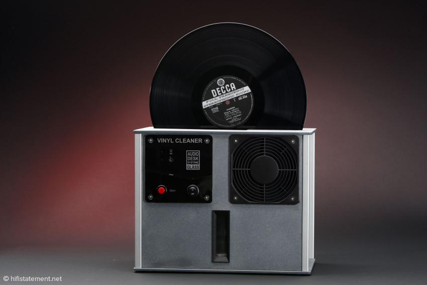 Der Gläss Vinyl Cleaner ist sehr kompakt gebaut