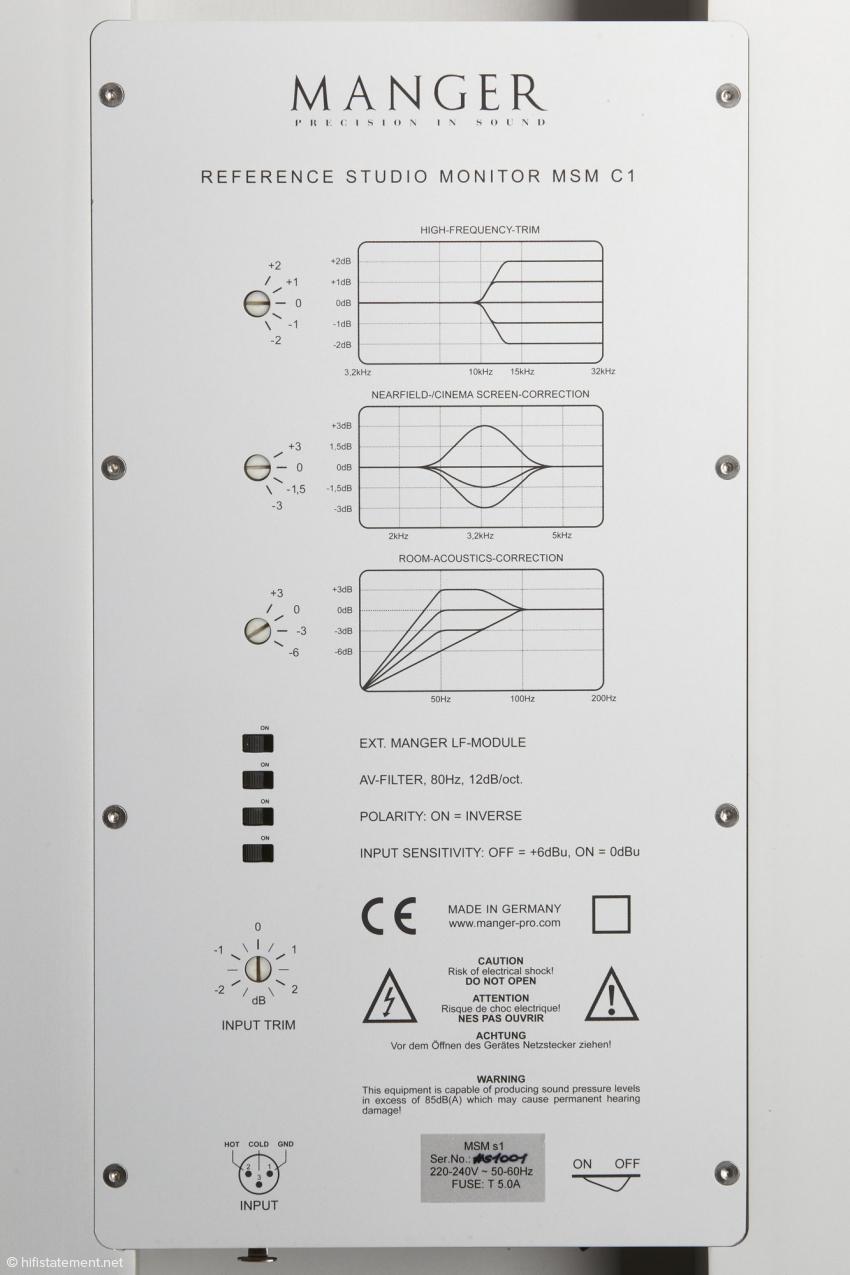 Die MSMs1 bietet eine Reihe von Entzerrungen, um bei verschiedenen Aufstellungsvarianten optimale Ergebnisse zu garantieren. Sie nimmt lediglich über einen symmetrischen Eingang Kontakt mit der Vorstufe auf