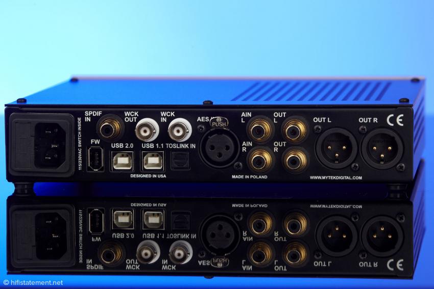 Unsere Preamp-Variante des Mytek bietet zwei Cinch-Eingänge für eine weitere analoge Quelle. Die Mastering-Version verfügt stattdessen über kanalgetrennte DSD-Eingänge mit BNC-Buchsen