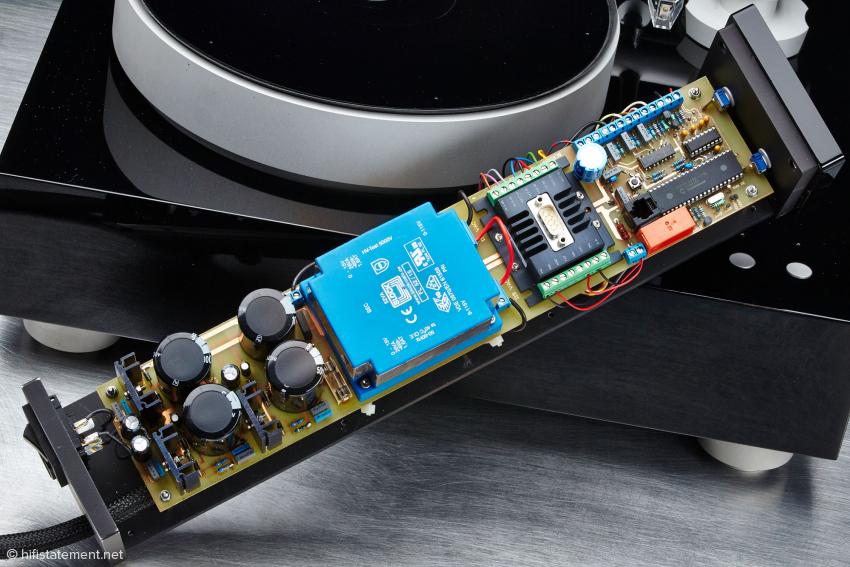 Die Motorsteuerung des Sleipner: Über Drucktasten lässt sich die gewählte Geschwindigkeit feinjustieren