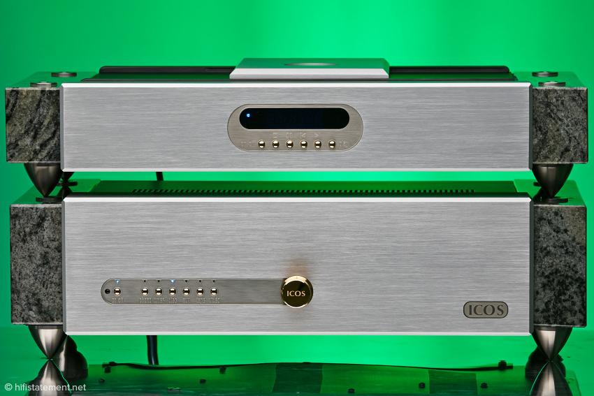 ICOS 270 Elsberg Vollverstärker und CD-Player Fado Elsberg lassen sich perfekt aufeinander stellen.