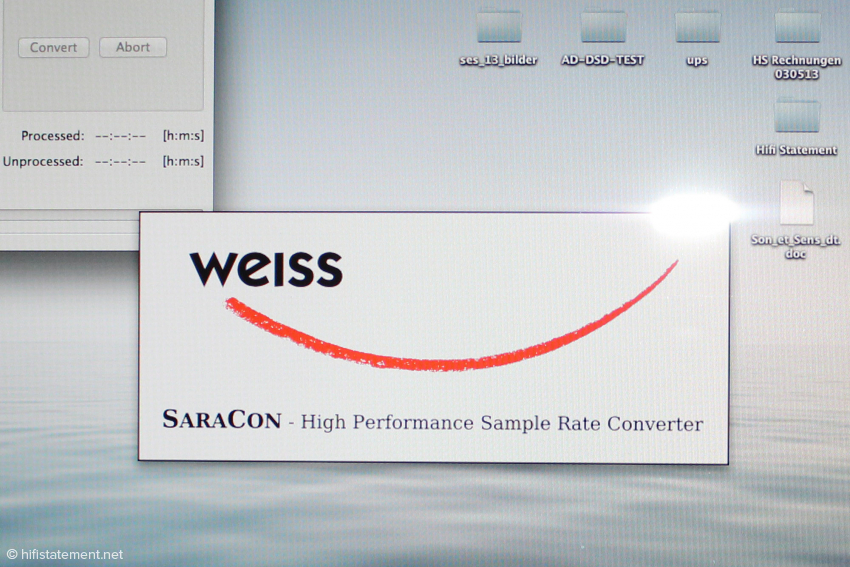 Das Weiss-Logo ist nur kurz beim Öffnen des Programms sichtbar