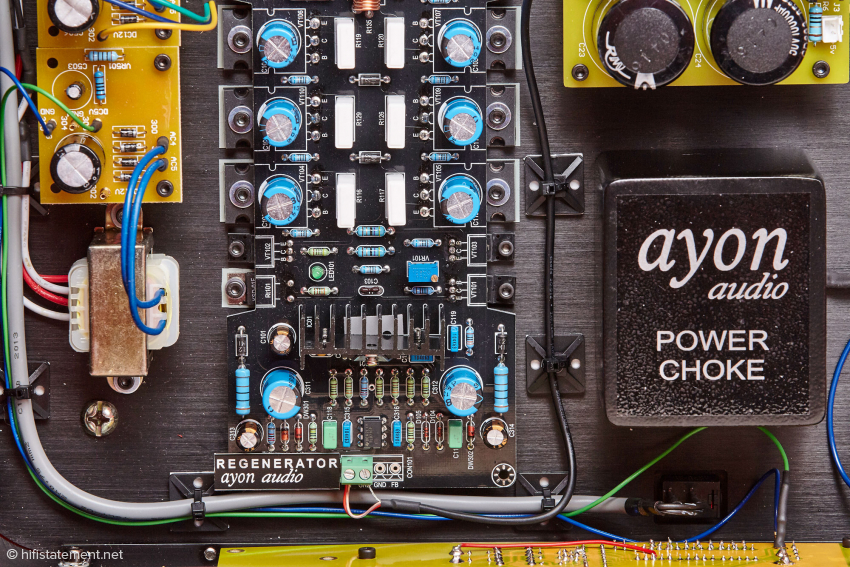 This relatively inconspicuous board holds one of the secrets of Spheris III, the AC Regenerator. What makes a Power Choke different from a normal choke, I can not say