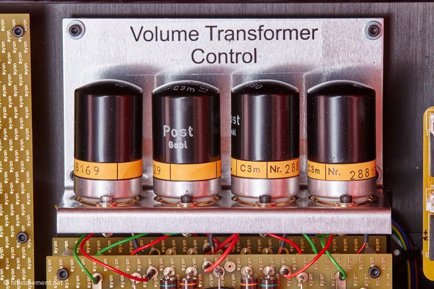 """Die C3m Röhren gab es ausschließlich mit Metallgehäuse, wenn man dieses entfernen würde, käme eine normale Glasröhre zum Vorschein. Mit """"Volume Transformer Control"""" haben die allerdings nichts zu tun"""