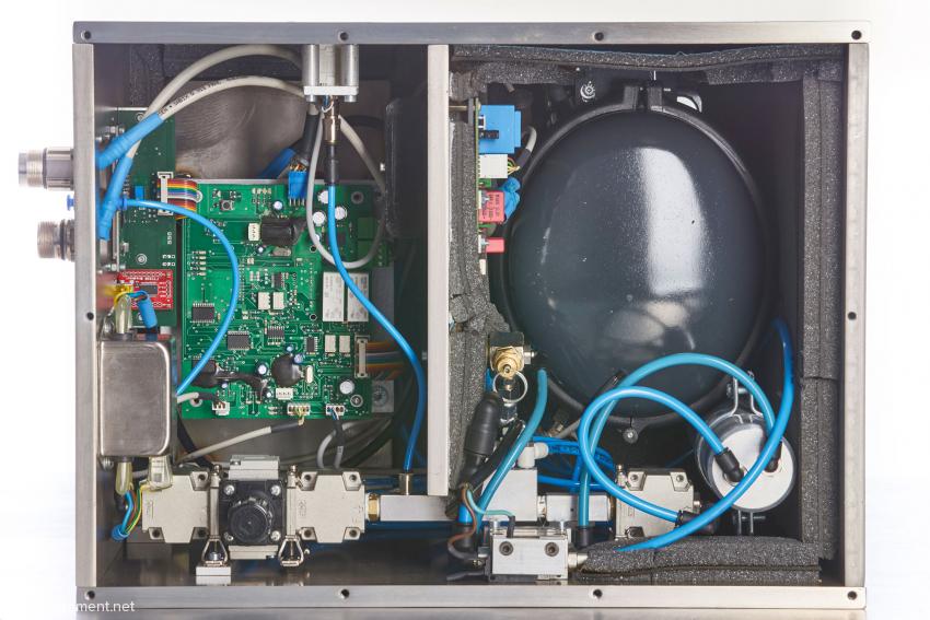 A look inside the compressor unit