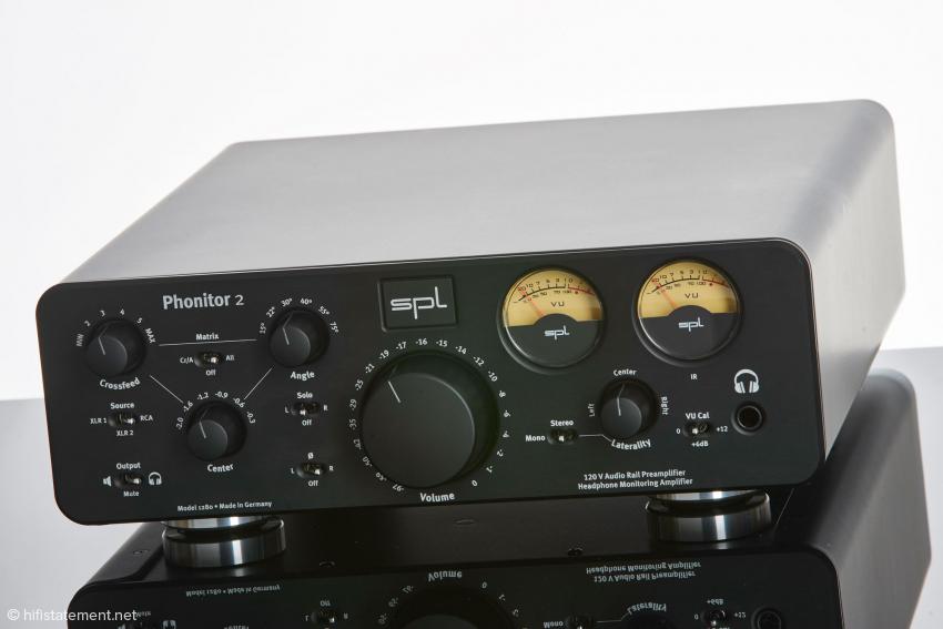 Der Phonitor 2 ist etwas breiter geworden und verzichtet auf die charakteristischen Griffe des Vorgängers