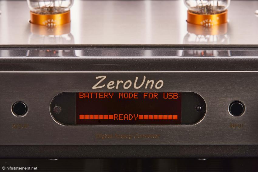 Das Display des ZeroUno unmittelbar nach dem Einschalten