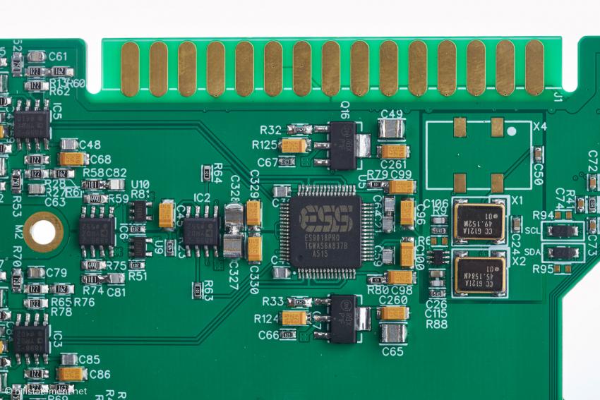 Einen Wandler-Chip mit der Bezeichnung 9018PRO hat ESS Technology nicht im Programm: Hier dürfte es sich um eine Vorserienmuster des 9028PRO handeln