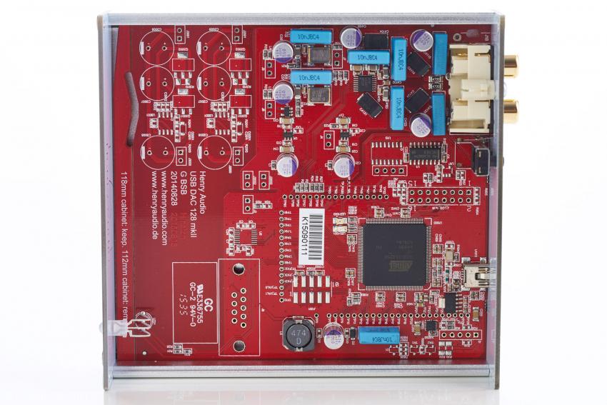 Strikte Trennung der analogen und digitalen Sektion, sehr durchdachter Aufbau des Henry Audio USB DAC 128 mkII