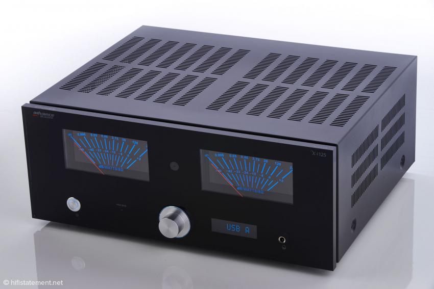 Optisch ein Statement mit inneren Werten. Der Advance Acoustic ist eine moderne Hommage an das goldene Zeitalter des High-End