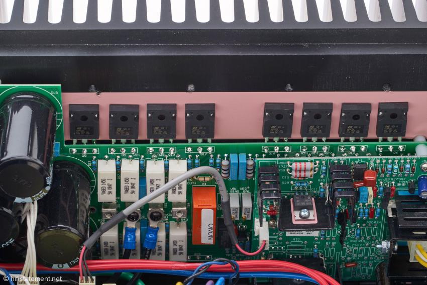Bascom H. King verwendet in seiner Schaltung ausschließlich n-Typ-MOSFETs