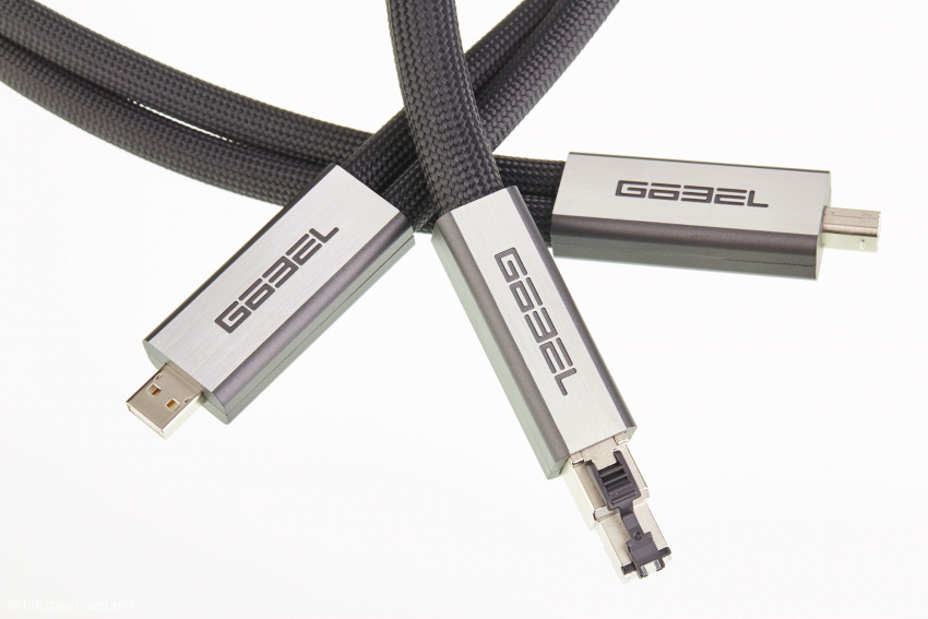 Die Göbel High End Lacorde in der Ethernet- und USB-Version sind nun mit den charakteristischen Göbel-Steckern lieferbar