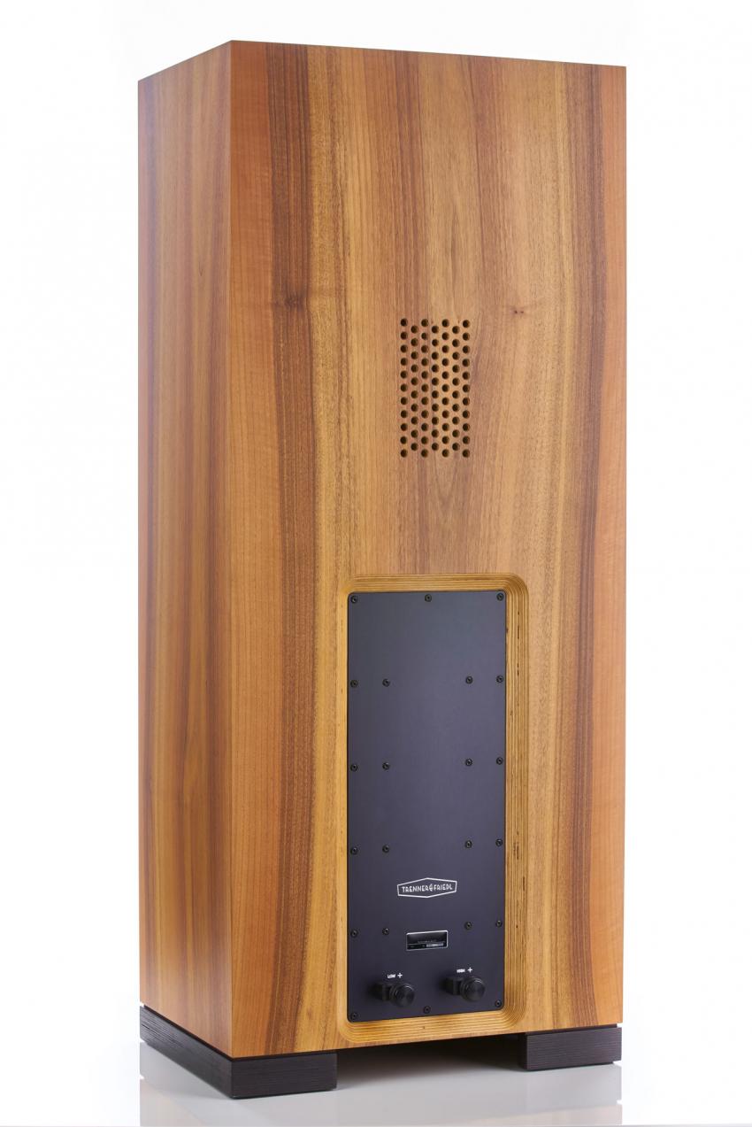 Die Mittelton-Kammer besitzt Druckausgleichs-Öffnungen, die an die des Gordon erinnern