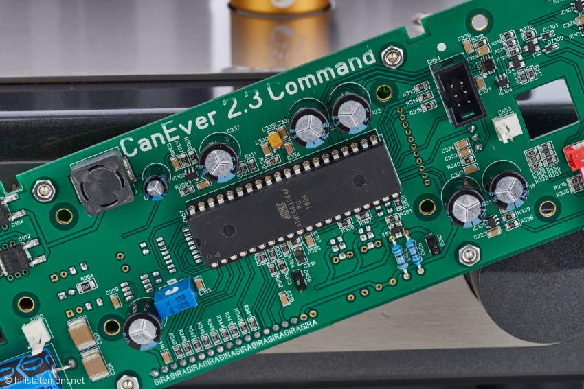 Das Board mit dem Mikroprozessor, in dem die Firmware gespeichert ist