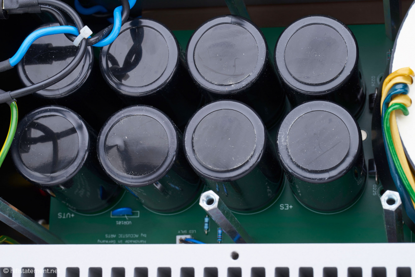 Accustic Arts uses filter capacitors of German provenience with a total capacity of 80,000 microfarads