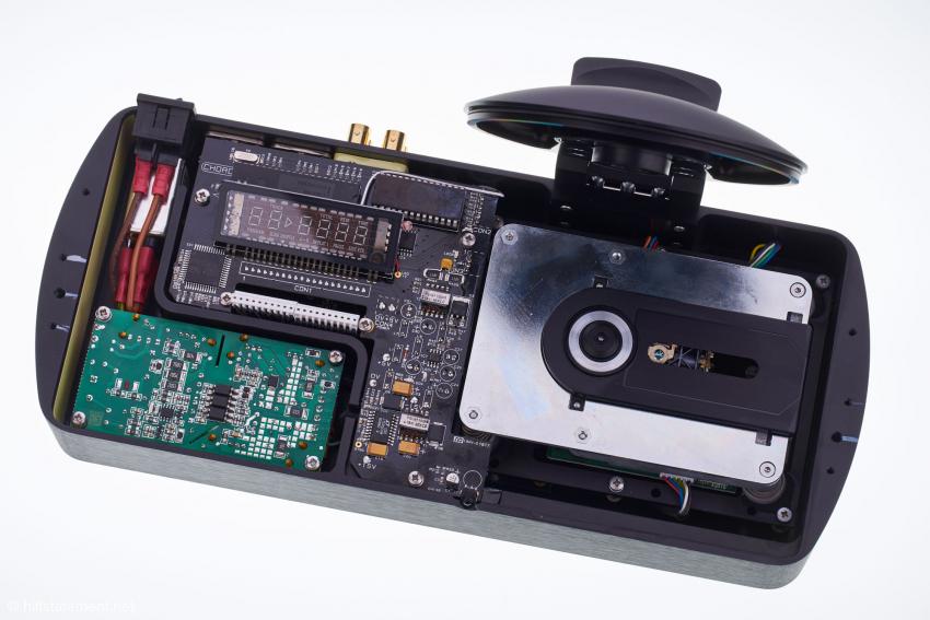 Aufgrund der hohen Packungsdichte ist das Herzstück des M Scaler, der mächtige FPGA, ohne größere Ausbauten nicht zu sehen