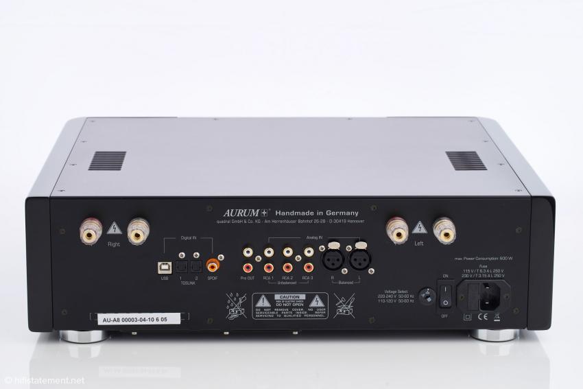 Die Anschlussmöglichkeiten des AURUM A8 sollten in den meisten Fällen genügen, die Ausführung ist hochwertig und sehr stabil