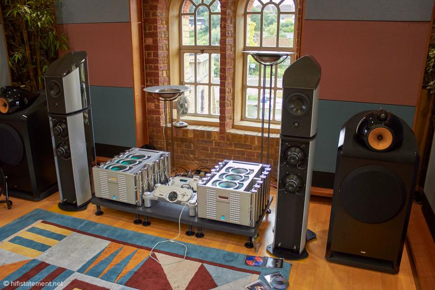 Es spielten die Schallwandler von Wilson Benesch. Der hier nicht sichtbare Plattenspieler stammt vom selben Hersteller