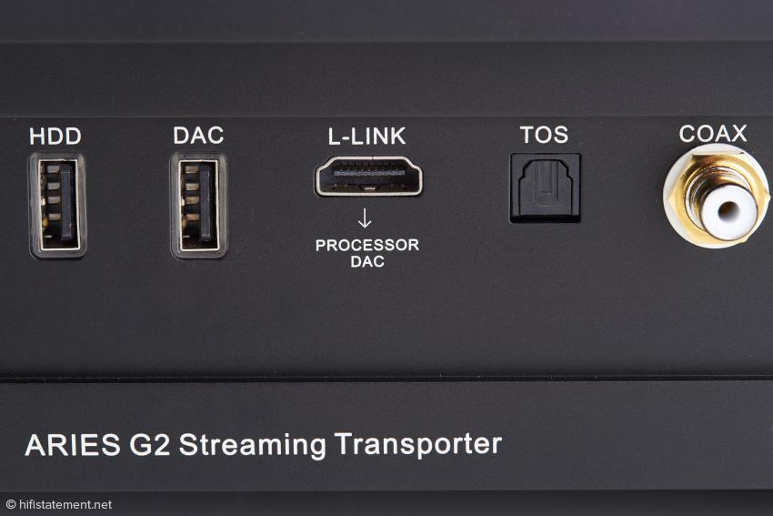 Über die L-Link-Buchse nimmt der Aries bidirektionalen Kontakt mit dem Auralic Vega G2 auf. In nicht allzu ferner Zukunft könnte es statt des Wandlers auch ein Hardware-Upsampler sein. L-Link arbeitet nicht nach dem I2S-Standard