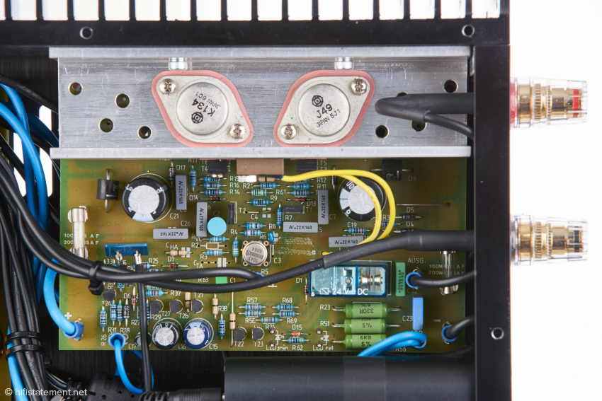 Als Transistoren verwendet Bohne Audio beim Class-A/B-Vollverstärker die klangstarken Mosfet-Typen K134/J49 von Hitachi im TO-3 Gehäuse