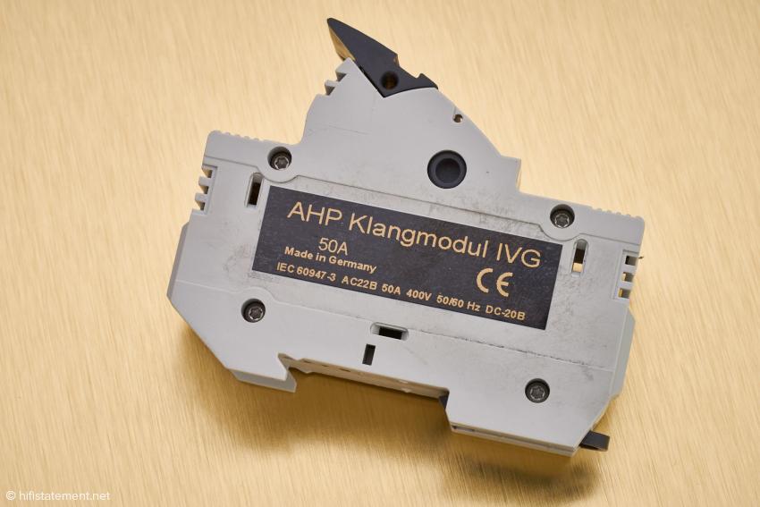 Das Klangmodul trägt eine IEC-Nummer und damit für seinen Verwendungszweck zugelassen
