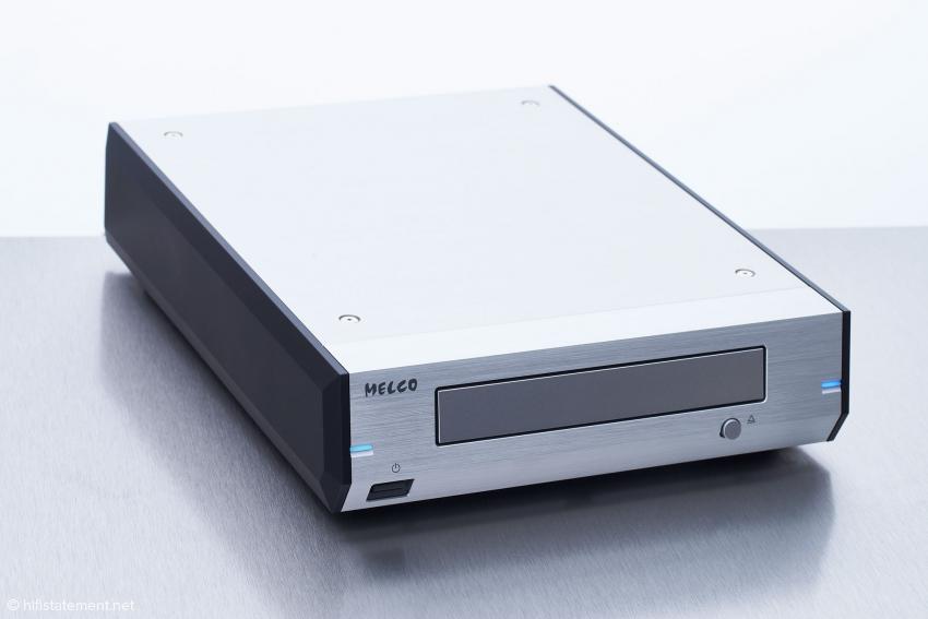 Das Design und die sehr gute Verarbeitung des D100-B passen zur neuen Geräte-Generation von Melco