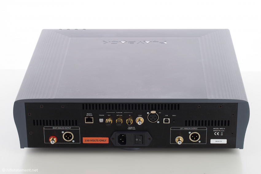 Der MPD-8 bietet natürlich alle benötigten Eingänge – und darüber hinaus die vom Wadia bekannten ST-Lichtleiter-Anschlüsse. Es gibt sogar einen für das Monitoring von Aufnahmen mit dem hervorragenden Pinot-A/D-Wandler
