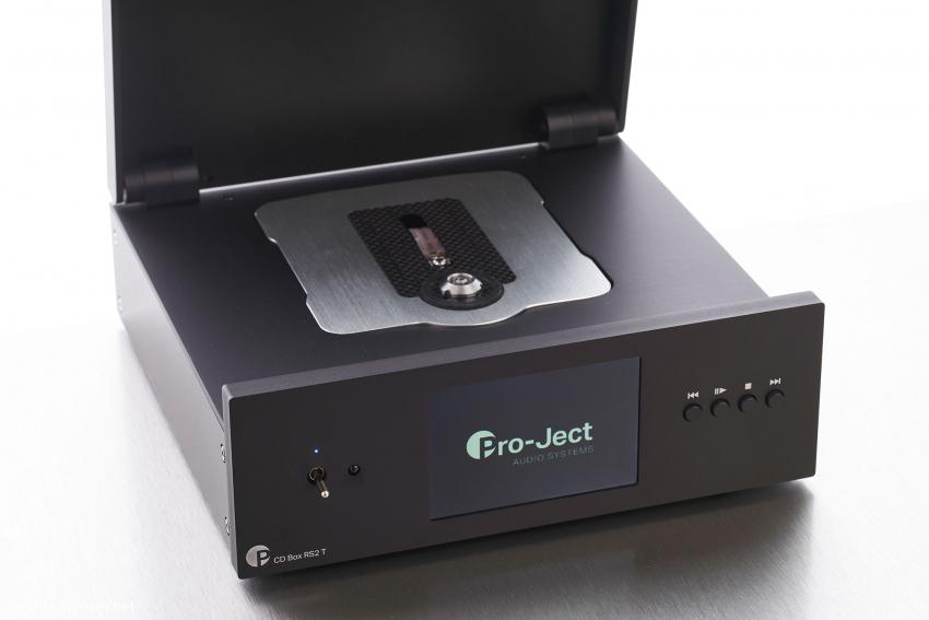 Viel Stellfläche benötigt Pro-Jects Top-Lader-CD-Spieler nicht